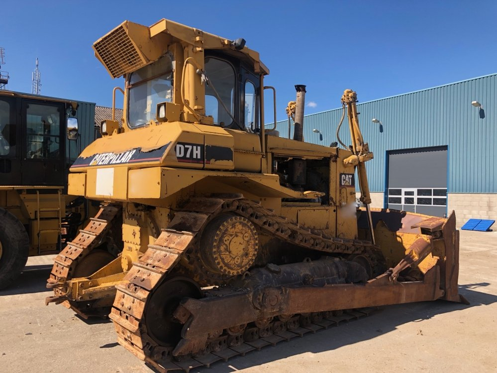 bulldozer Cat D7H